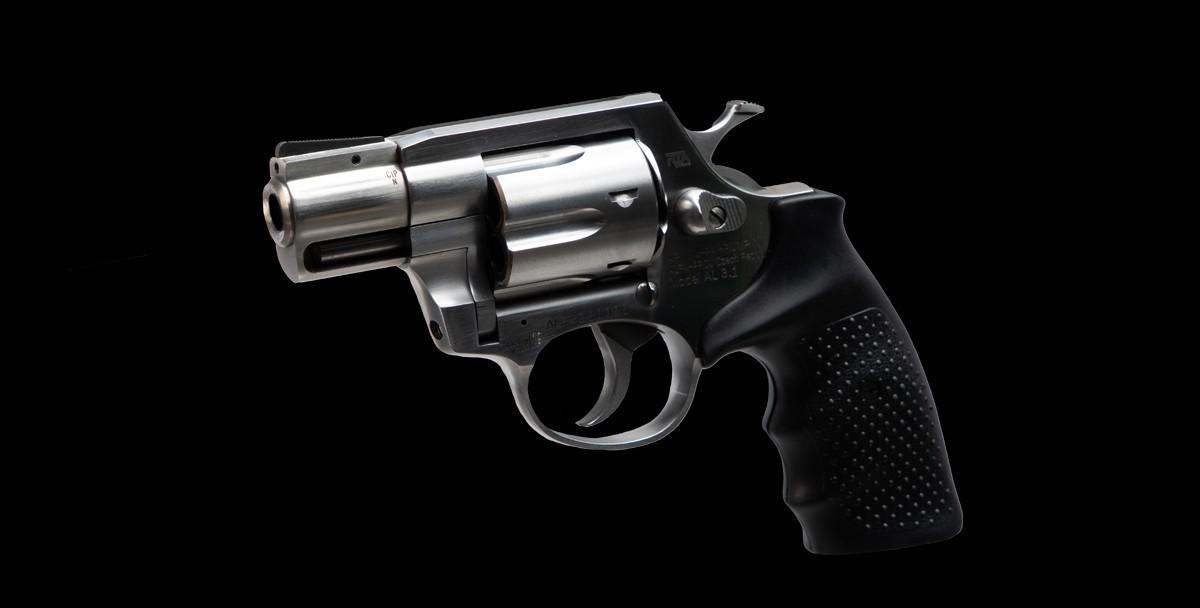 AL3.1 Revolver Left Angle